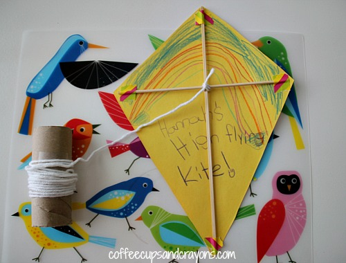 Pics for how to make a kite out of paper for kids - How to make a kite ...
