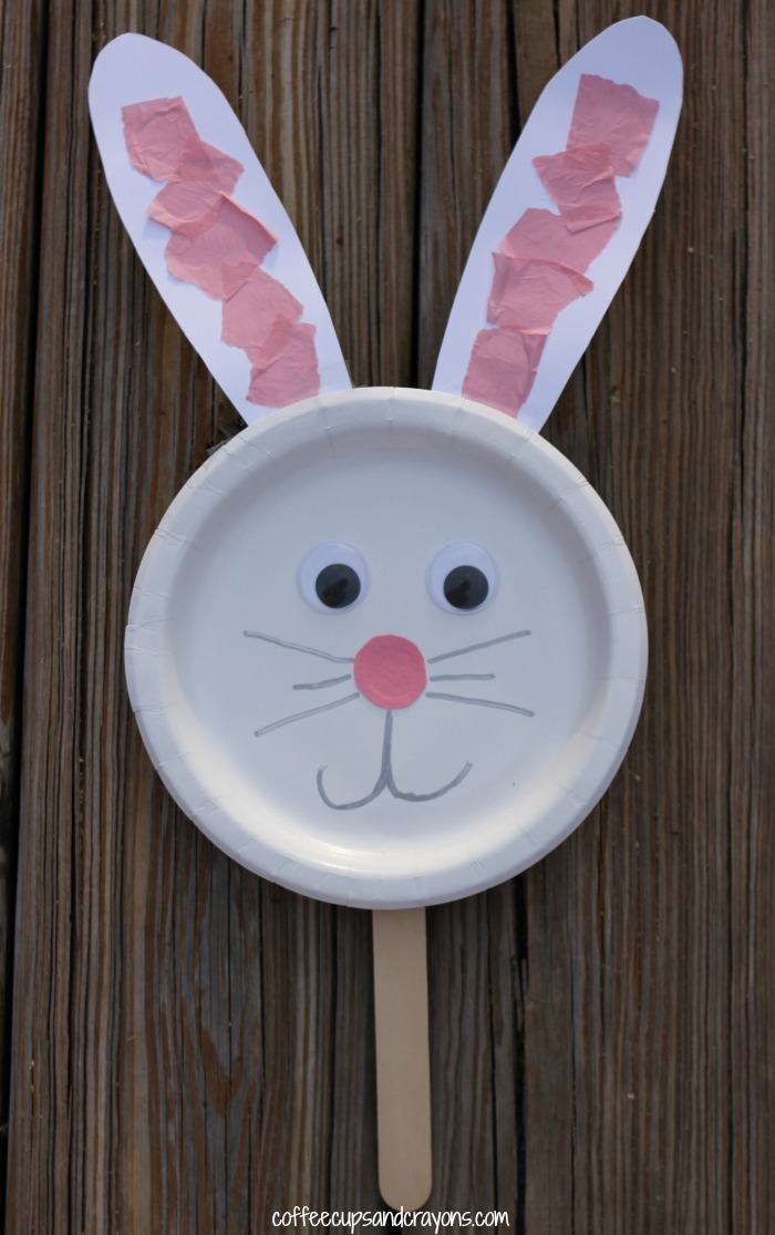 Bunny paper plate puppet craft coffee cups and crayons for Paper plate puppets templates