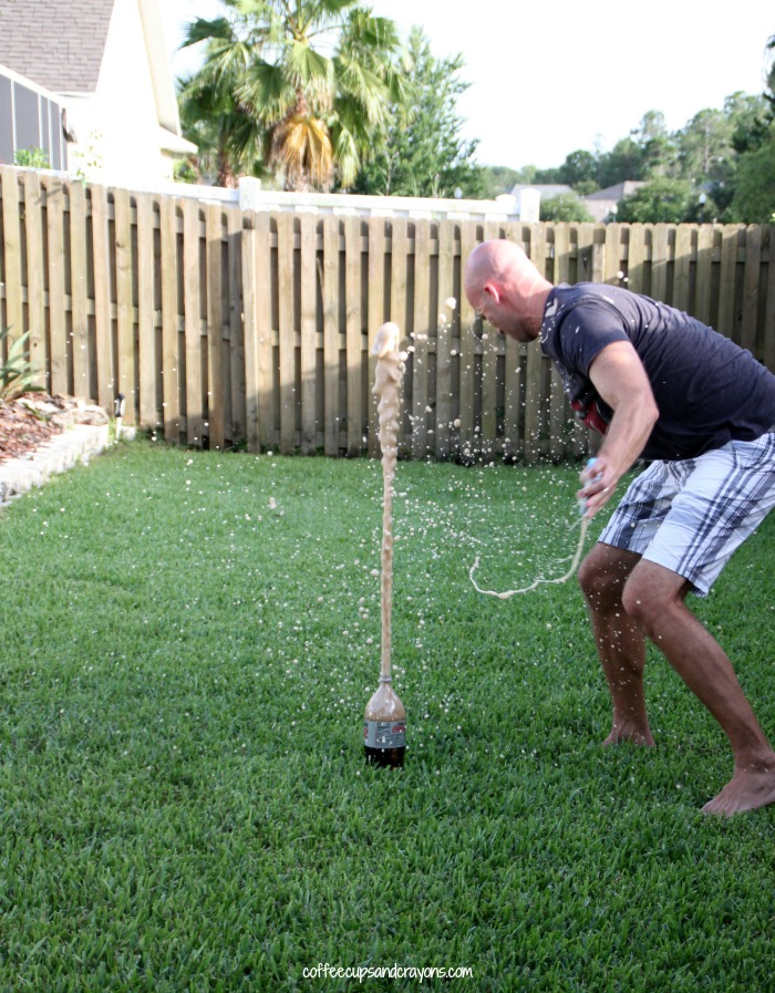 Classic Diet Coke and Mentos Geyser Experiment