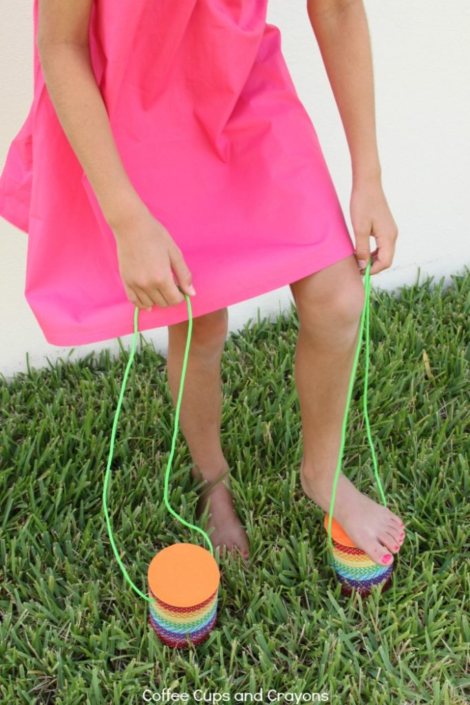 How to Make Tin Can Stilts Kids Love