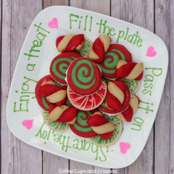A Kindness Cookie Plate makes a simple and sweet homemade gift!