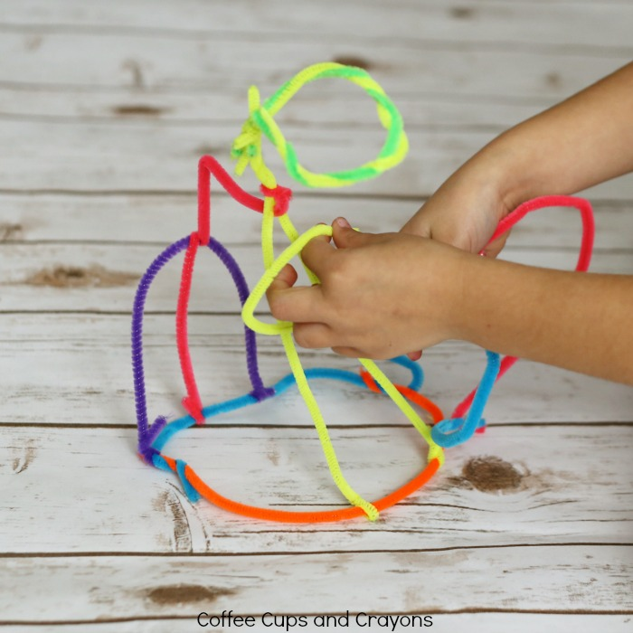 Simple STEAM activity for kids--pipe cleaner sculptures!